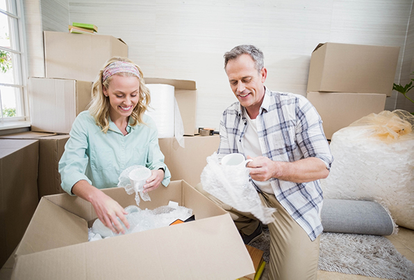 3 Ways a Senior Moving Company Can Help Your Parents
