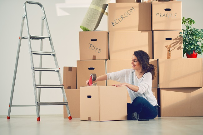 3 Reasons to Hire a Service When You're Moving Out of Your Apartment