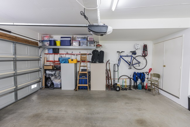 Call a Junk Removal Service After Cleaning Out Your Garage