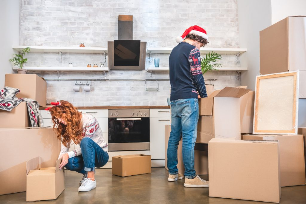 7 Tips for Moving During the Holidays